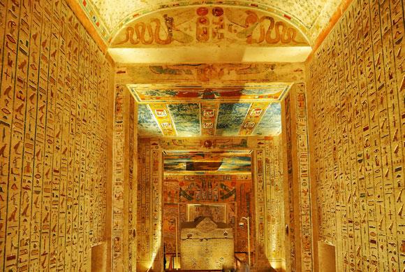 קבר בעמק המלכים במצרים | צילום: שאטרסטוק
