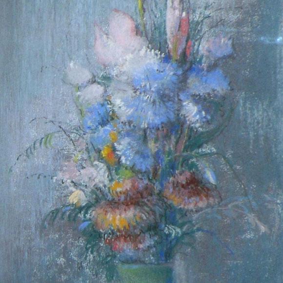 פרחים באגרטל ירוק.ציור בצבעי פסטל מאת לאון דאבו