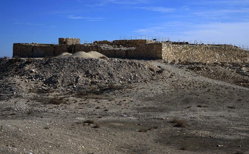 שרידי המצודה העתיקה בתל ערד